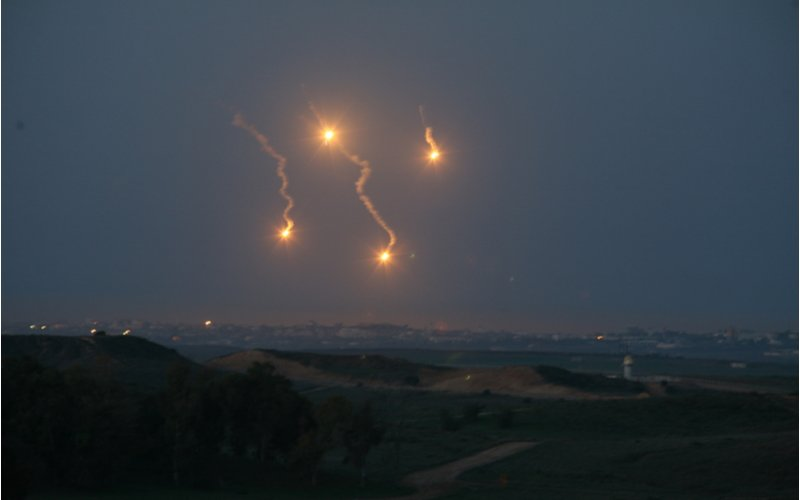Hamas Fires Rockets into Southern Israel as Agreement Ceremony Takes Place at the White House